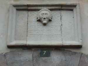 7 avenue Renaud linteau