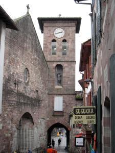 Eglise et porte Notre Dame 1