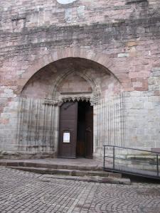 saint jean pied de port, pays basque, guide touristique, chemin de compostelle, étape, pélerin, roncevaux, agnès de cize