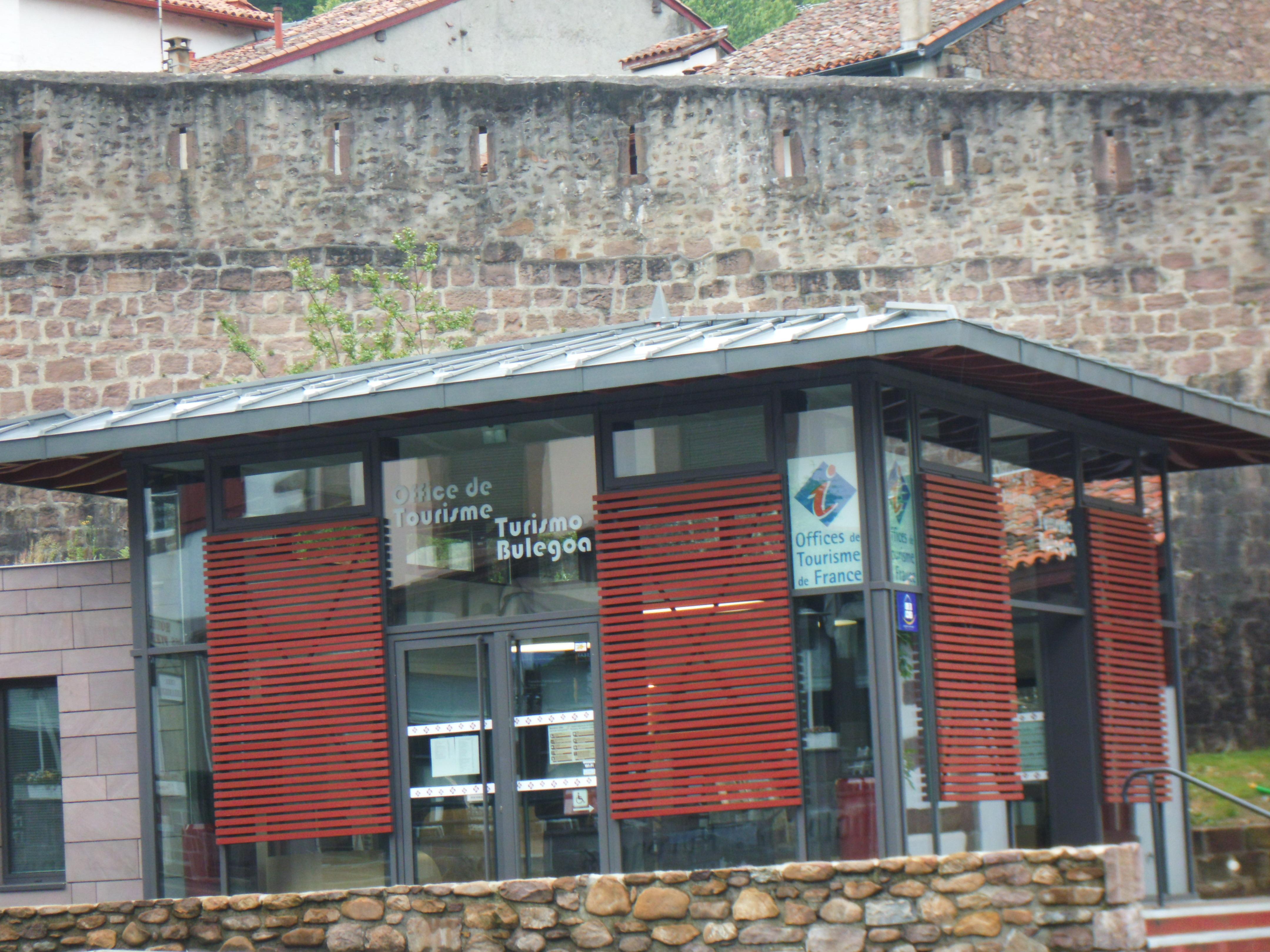 La balade du p lerin saint jean pied de port - Office de tourisme st jean pied de port ...