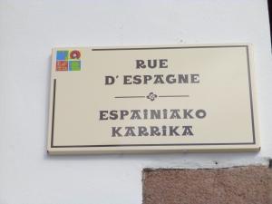Rue d'Espagne plaque 2