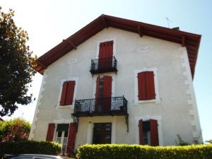 Villa Criolla